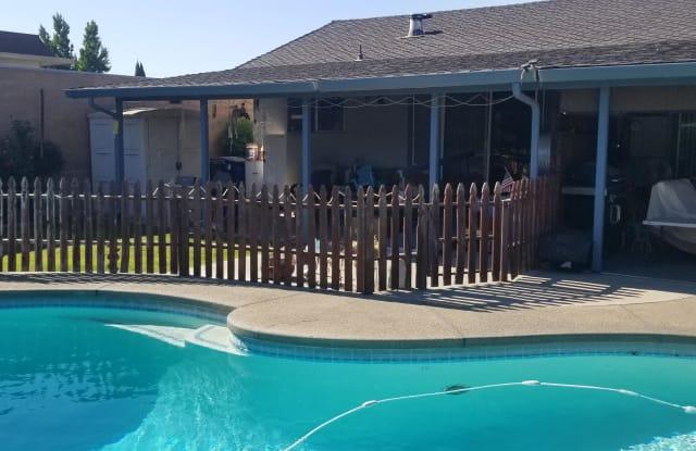 420 Northgate Drive - 420 Northgate Drive, Manteca, CA 95336