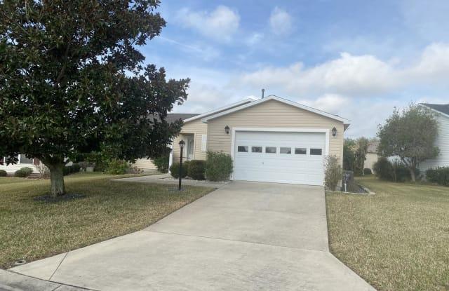 928 Kingmont Terr - 928 Kingmont Terrace, The Villages, FL 32162