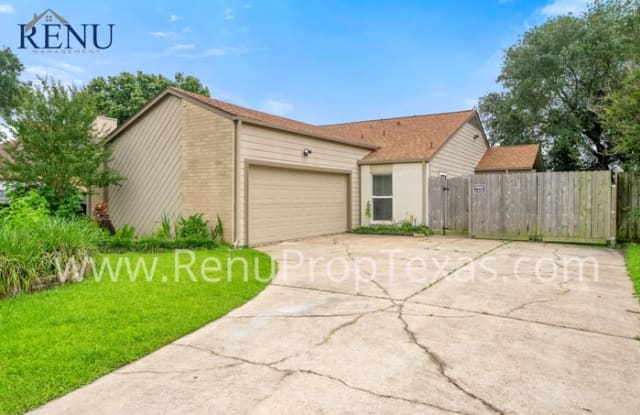 2809 Stonehedge Drive - 2809 Stonehedge Drive, Baytown, TX 77521
