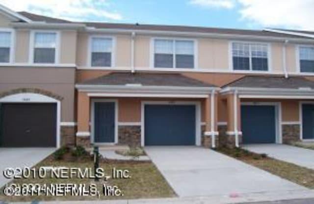 5689 PARKSTONE CROSSING DR - 5689 Parkstone Crossing Drive, Jacksonville, FL 32258