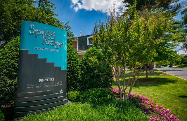 Spring Ridge Apartments - 374 N Summit Ave, Gaithersburg, MD 20877