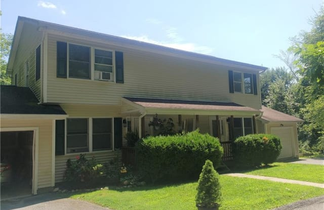 34 Winding Lane - 34 Winding Lane, Bedford Hills, NY 10507