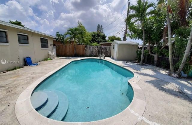 7632 Simms St - 7632 Simms Street, Hollywood, FL 33024