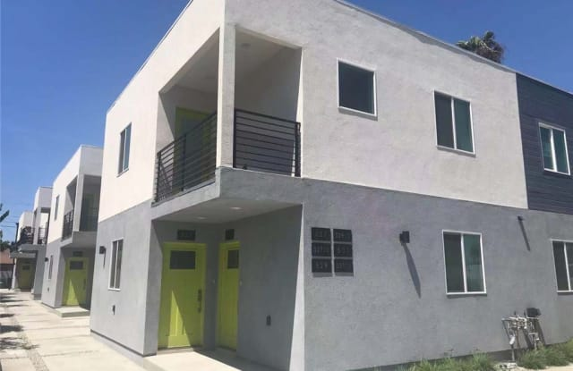 527 W 80th Street - 527 W 80th St, Los Angeles, CA 90044