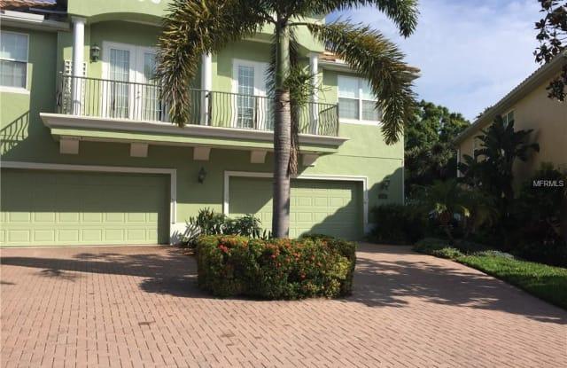 114 BANYAN BAY DRIVE - 114 Banyan Bay Drive, St. Petersburg, FL 33705