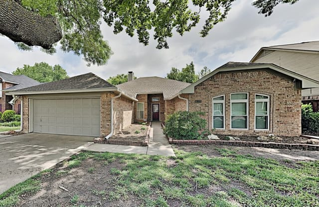 4333 Kenwood Dr - 4333 Kenwood Drive, Grapevine, TX 76051