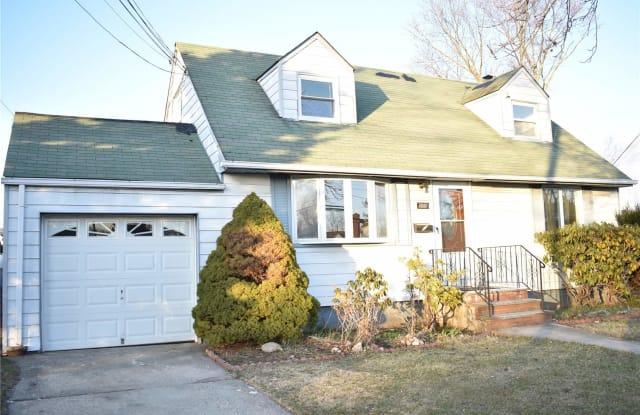 103 Bethpage Road - 103 Bethpage Road, Hicksville, NY 11801