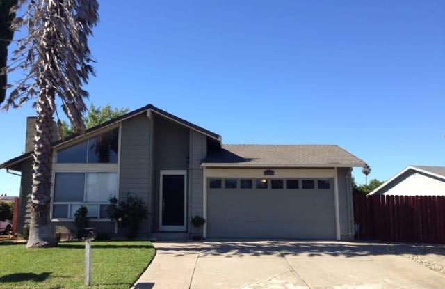 1104 Waxwing Drive - 1104 Waxwing Drive, Suisun City, CA 94585