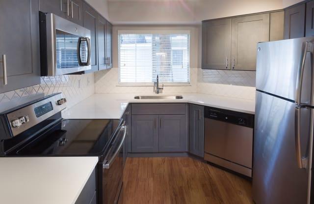 Township Residences - 901 E Phillips Ln, Centennial, CO 80122