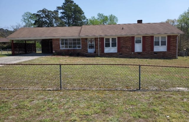 338 Summerhill Road - 338 Summerhill Road, Fayetteville, NC 28303