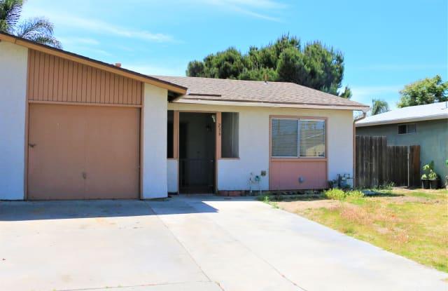 236 Avenida Descanso - 236 Avenida Descanso, Oceanside, CA 92057