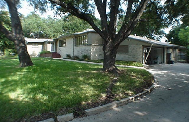 212 Linda Dr - 212 Linda Drive, San Antonio, TX 78216