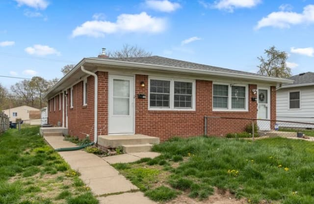 180 North 8th Avenue - 180 N 8th Ave, Beech Grove, IN 46107