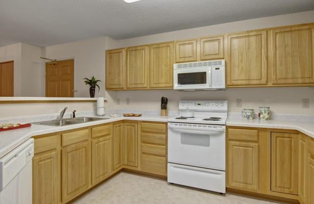 Heritage Park Apartment Homes - 3600 W St Germain St, St. Cloud, MN 56301