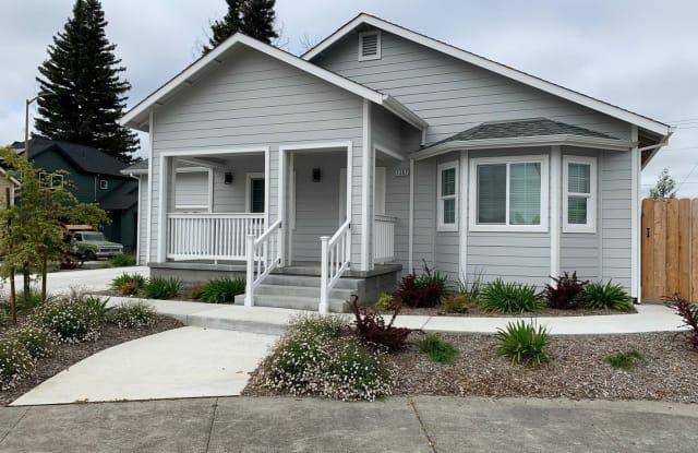 1367 Holly Park Way - 1367 Holly Park Way, Santa Rosa, CA 95403