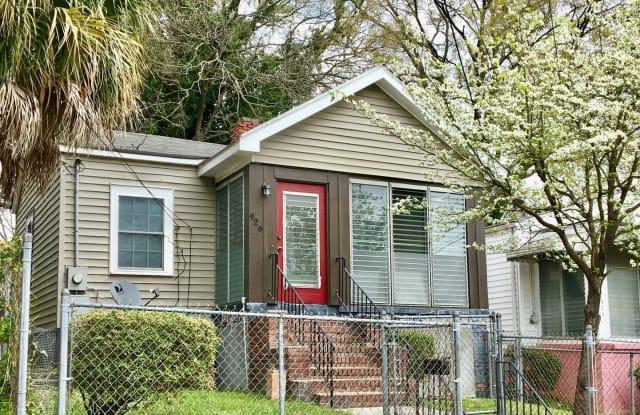 926 Pine Street - 926 Pine Street, Columbia, SC 29205