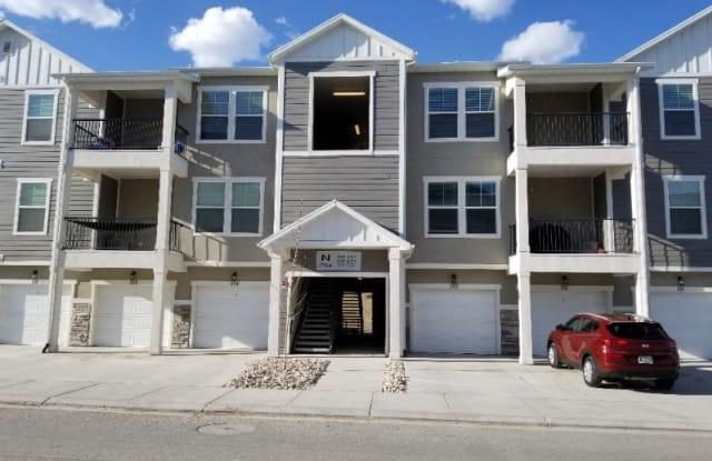 1794 W Eaglewood Dr N301 - 1794 West Eaglewood Drive, Saratoga Springs, UT 84005