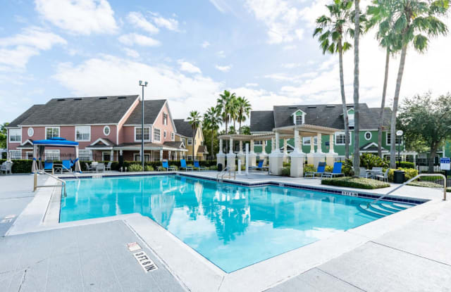Burano Hunter's Creek - 13300 Colony Square Dr, Orlando, FL 32837