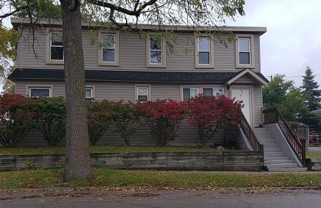 190 W FLINT Street - 190 West Flint Street, Lake Orion, MI 48362