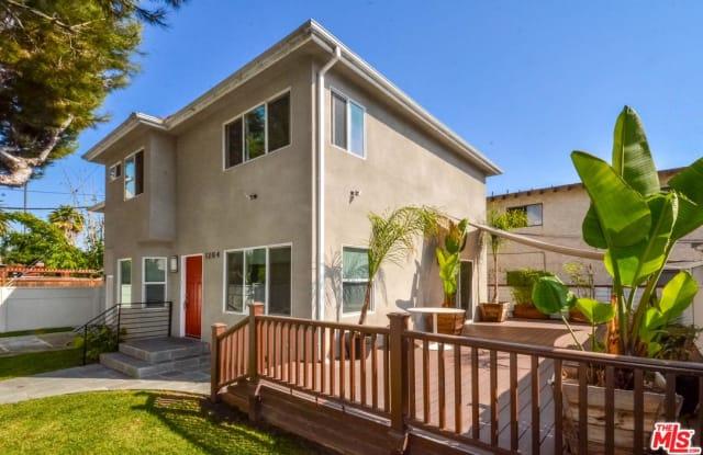 1204 CARLTON Way - 1204 Carlton Way, Los Angeles, CA 90291