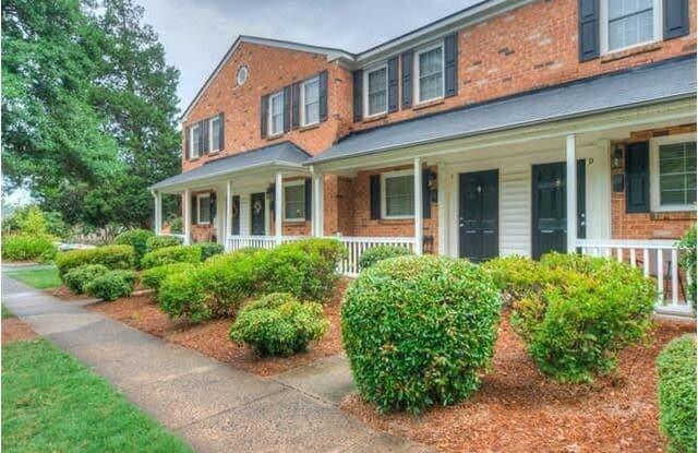 1218 Green Oaks Lane - 1218 Green Oaks Lane, Charlotte, NC 28205