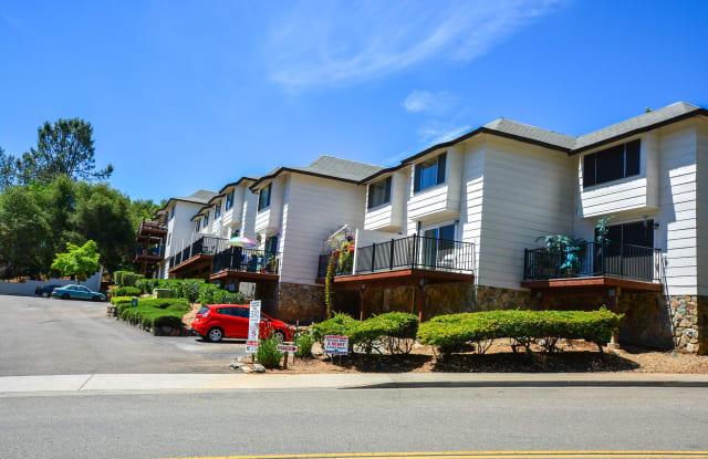 Persimmon Terrace - 12100 Persimmon Terrace, Auburn, CA 95603