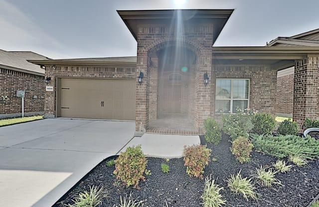 11341 Golden Ridge Ln - 11341 Golden Ridge Ln, Tarrant County, TX 76052