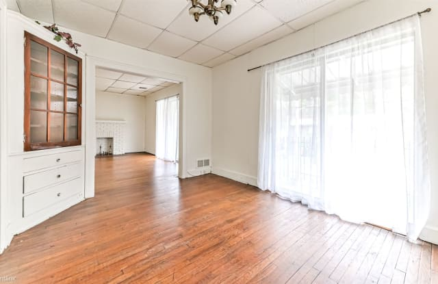 2147 Ardmore Blvd # 2F - 2147 Ardmore Boulevard, Forest Hills, PA 15221
