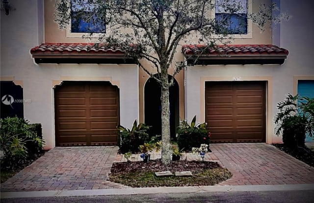 12470 NW 33rd St - 12470 Northwest 33rd Place, Sunrise, FL 33323