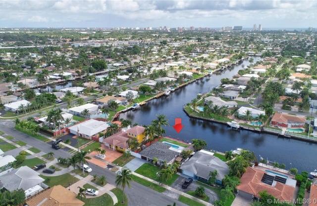 380 SE 1st Ter - 380 Southeast 1st Terrace, Pompano Beach, FL 33060