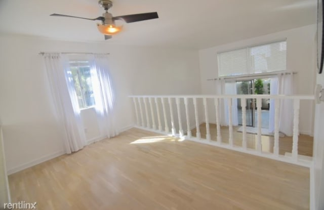 4906 1/2 McConnell Ave - 4906 1/2 McConnell Ave, Los Angeles, CA 90066