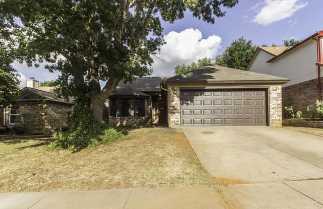 2204 Chatam Hill Street - 2204 Chatam Hill St, Grapevine, TX 76051