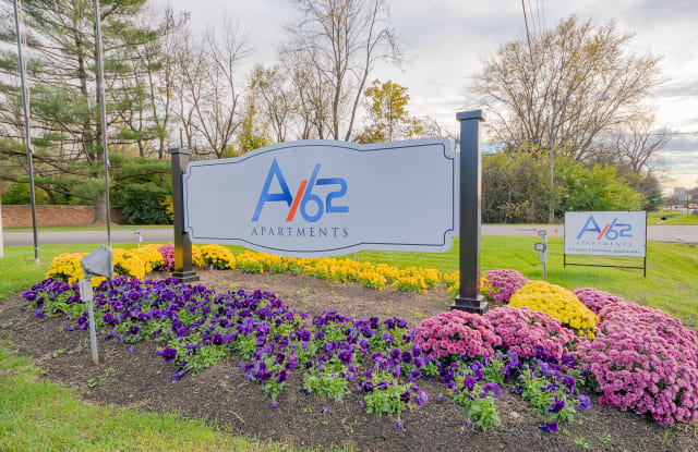 A/62 Apartments - 6111 Allisonville Rd, Indianapolis, IN 46220