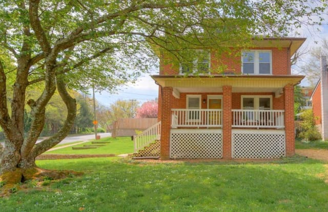2502 Alberta Ave - 2502 Alberta Avenue Southwest, Roanoke, VA 24015