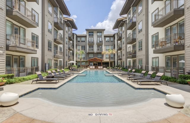 Park 5940 MD - 5940 Forest Park Rd, Dallas, TX 75235