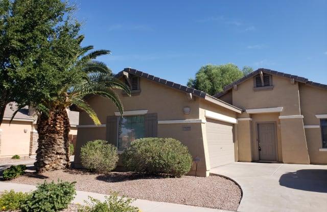 934 E RUNAWAY BAY Place - 934 East Runaway Bay Place, Chandler, AZ 85249