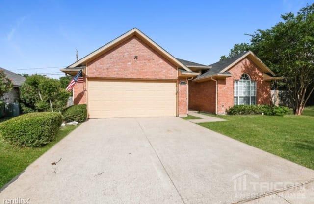 752 Rockett - 752 Rockett Lane, Cedar Hill, TX 75104
