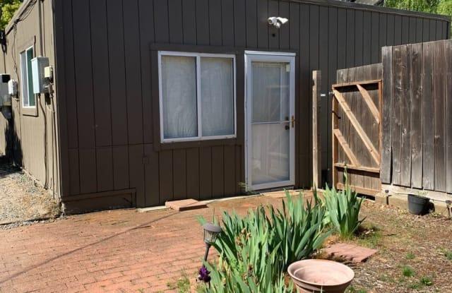 3691 Petaluma Blvd N. Unit D - 3691 Petaluma Boulevard North, Sonoma County, CA 94952