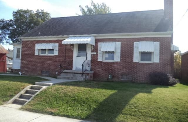 802 W Middle Street - 802 West Middle Street, Pennville, PA 17331