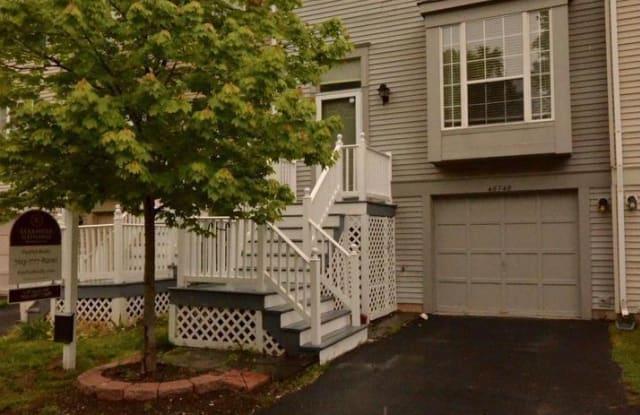46748 HOBBLEBUSH TERRACE - 46748 Hobblebush Terrace, Sterling, VA 20164