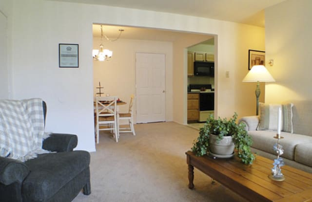 Hanover Apartments - 203 W Clearview Rd, Hanover, PA 17331
