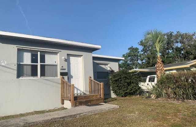 1444 W 28th St - 1444 West 28th Street, Riviera Beach, FL 33404