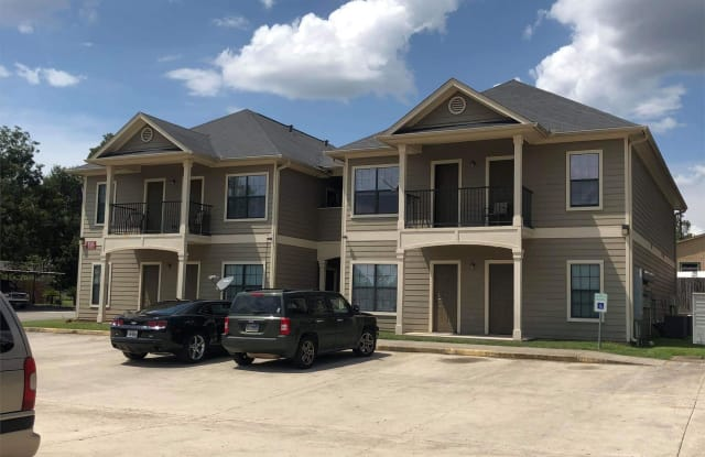 920 Mccall Avenue - 10 - 920 Mccall Ave, Conroe, TX 77301