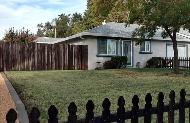 7817 Clearview Dr - 7817 Clearview Drive, Citrus Heights, CA 95610