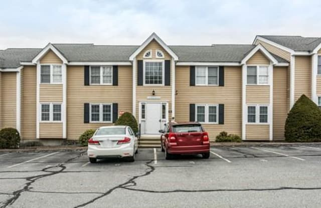 456 Mammoth Rd - 456 Mammoth Road, Middlesex County, MA 01826