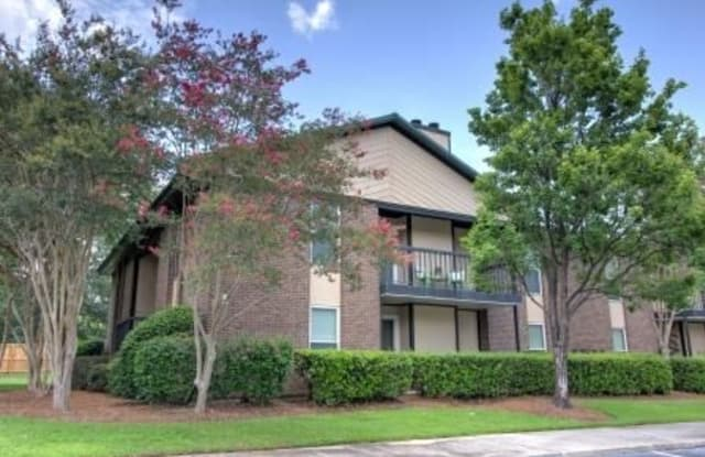 North Bluff - 7925 Saint Ives Rd, North Charleston, SC 29406