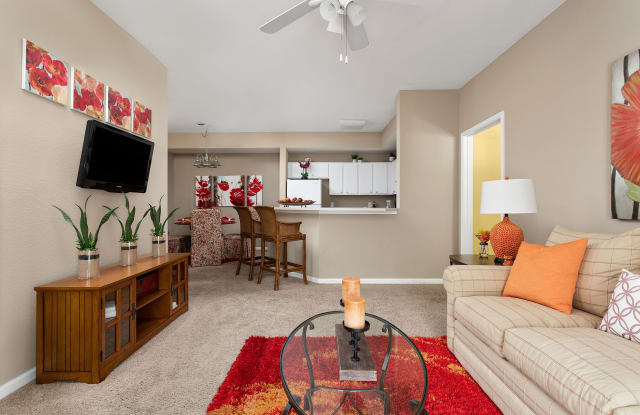 Bridge Pointe Apartments - 7584 Old Madison Pike, Huntsville, AL 35806