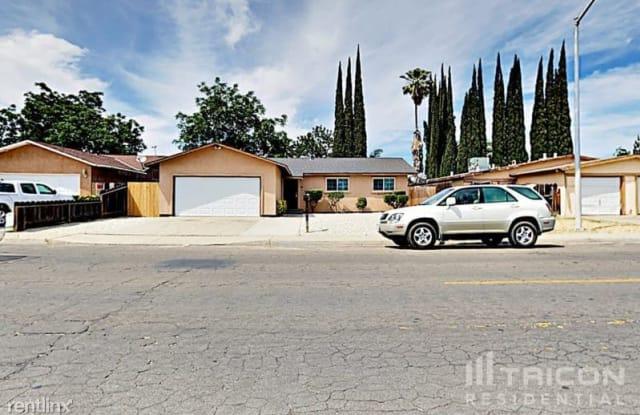 1101 Sonora Avenue - 1101 Sonora Avenue, Bystrom, CA 95351