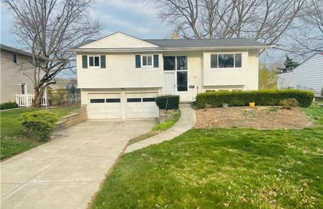 5931 Gareau Dr - 5931 Gareau Drive, North Olmsted, OH 44070