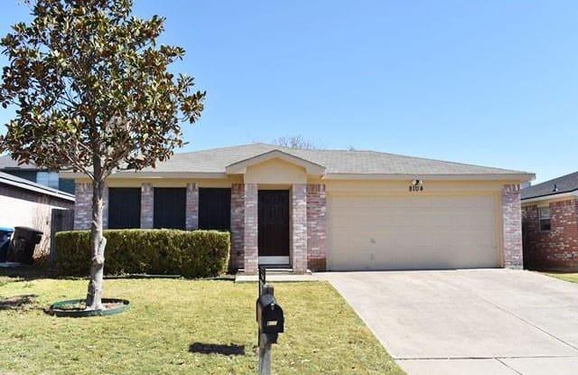 8104 Iris Circle - 8104 Iris Circle, Fort Worth, TX 76137